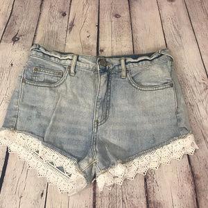 Free People Light Denim & Lace Shorts Size 26